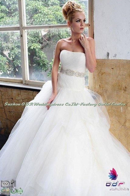 2012A+++New Design!!Hand made  Silk Taffeta natural waist scooped neckline  Wedding Dress