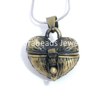 Free Shipping! 2 Bronze Color Heart Wish Boxes Charm Pendants 23x18mm (B05609)