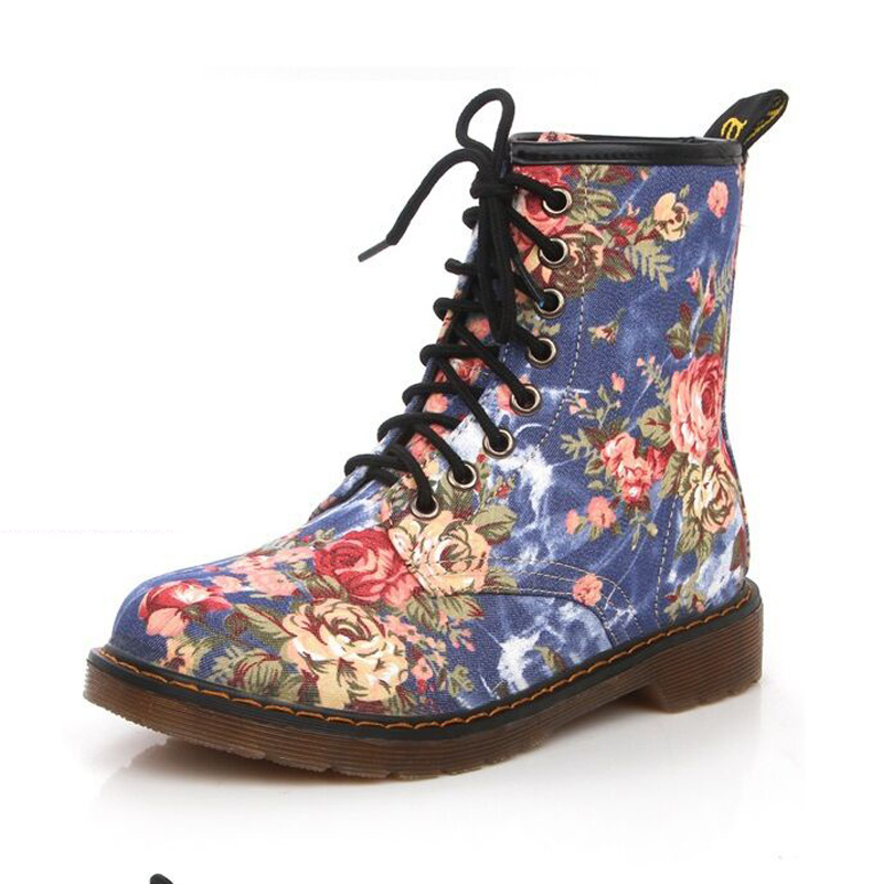 Autumn New Product Westward Cowboy Wind Handsome Cowboy Boots Retro Small Flowers Flat With High BootsFor Women Martin(China (Mainland))