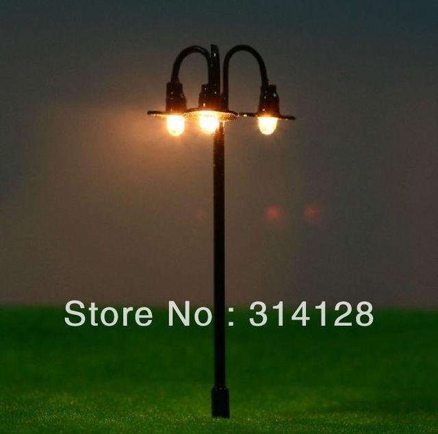 100PCS Landscape lamp Model material three head model lamp 7cm black three head model lamp T74