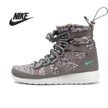 Original Nike W ROSHERUN HI SNEAKRBOOT PRINT women's Skateboarding Shoes 616724-201 sneakers free shipping
