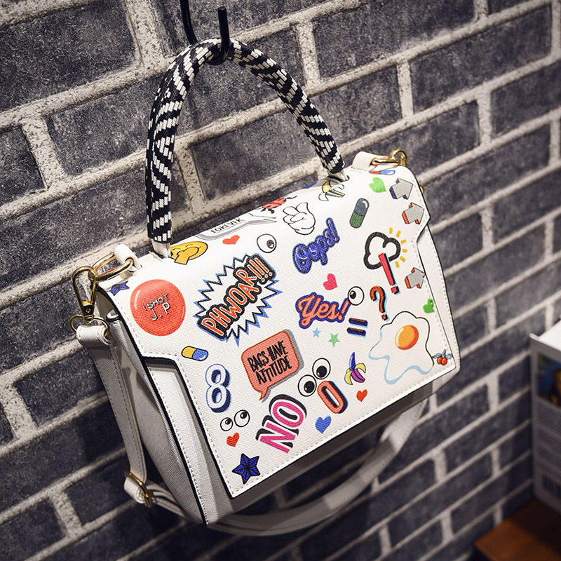 "Factory Outlet Handbag Classic ""Women Famous Brand Bags fashionable Woman Bags Genuine Black White Ladies Cut Shoulder Bag(China (Mainland))"