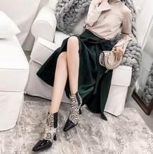 Prova Perfetto euramerical patent deri kare ayak patchwork kadın yarım çizmeler yılan derisi chelsea çizmeler kadın garip topuklar(China)