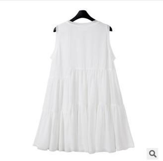 The new summer 2015 Europe and the United States women's clothing wholesale beach sleeveless chiffon dress(China (Mainland))