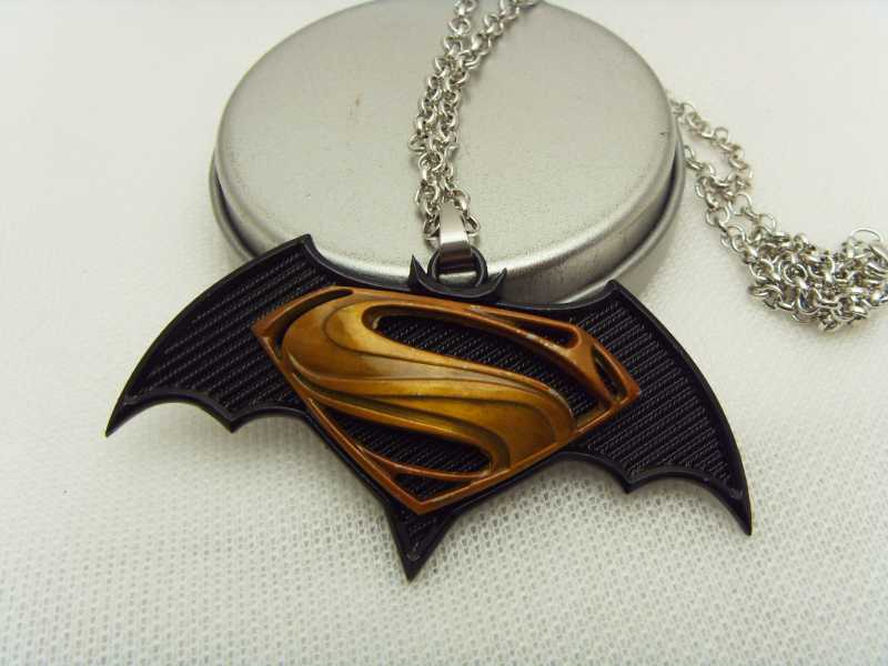 2015 Crazy hot movie statement necklace jewelry,link chain Batman v Superman Dawn of Justice logo pendant necklace jewelry <br><br>Aliexpress
