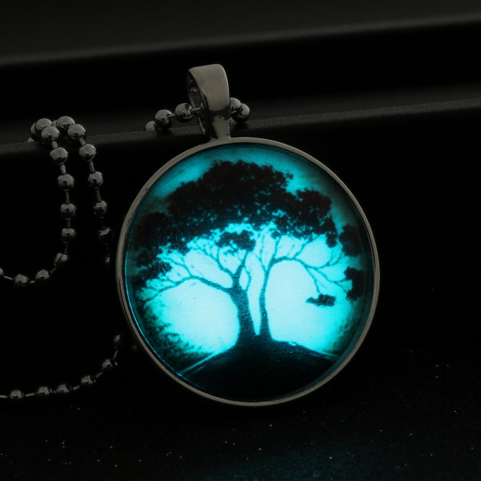 in the dark necklace Stainless Steel Chain Luminous necklace women jewelry Glowing Pendant Necklace tree of life glass glow(China (Mainland))