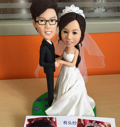 Wedding Bride Gift customize personalised real bride groom 18cm Wedding decoration Cake Topper Couple 3D Figurine doll(China (Mainland))