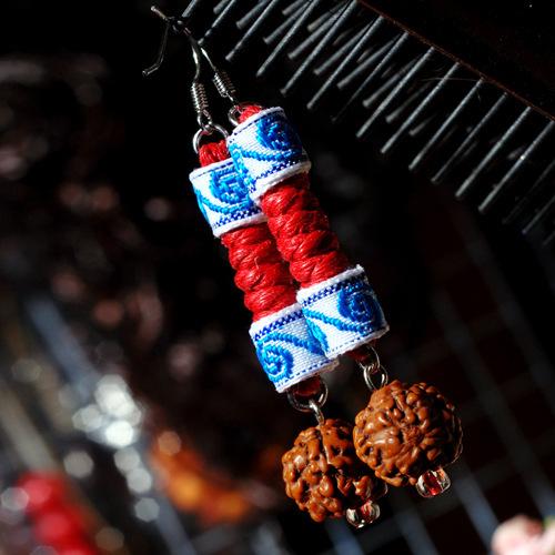 Tibetan silver handmade Chinese wind ball dangle earrings New Original Ethnic jewelry National flavor lace earrings,(China (Mainland))