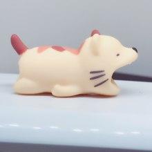 1 piezas de Cable muerde Protector para Iphone cable Winder titular del teléfono de dientes de conejo perro gato Animal muñeca divertido(China)