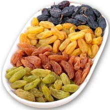 Xinjiang Turpan speciality raisins Super soft nuclear free Dried fruit green food 500g