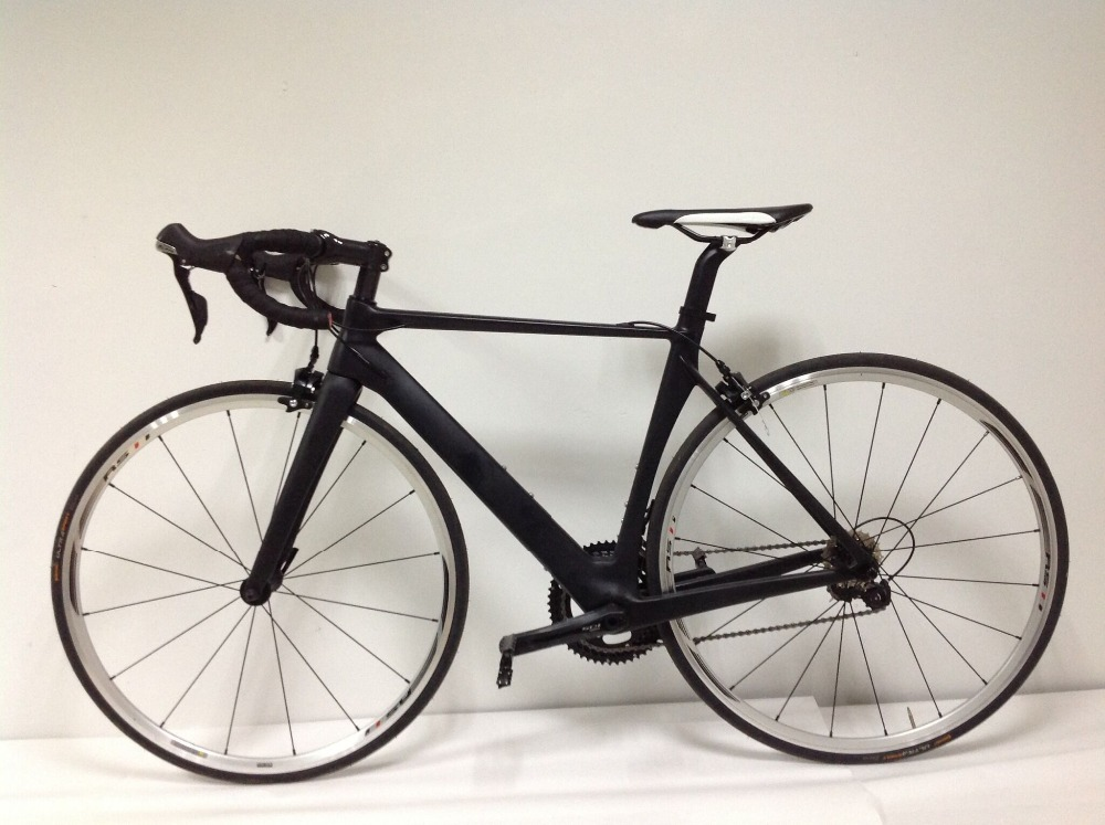 Complete Road Carbon Bike ,Carbon Bike Road Frame with Aluminum Alloy wheels 105 groupset 22 speed Road Bicycle Complete bike