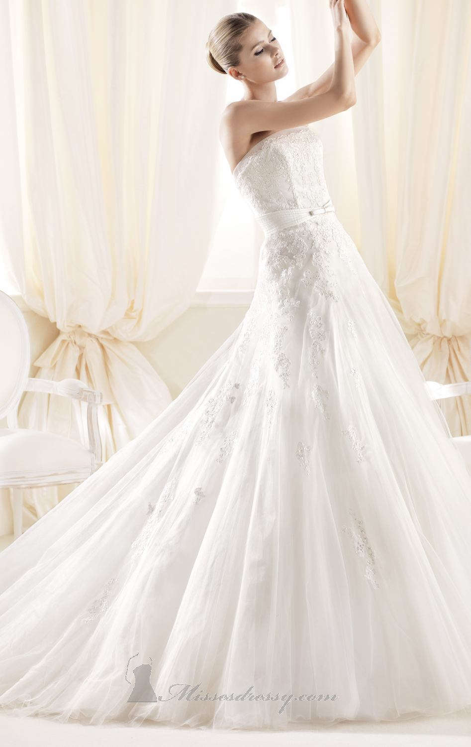 2015 white ivory strapless long bridal gowns women