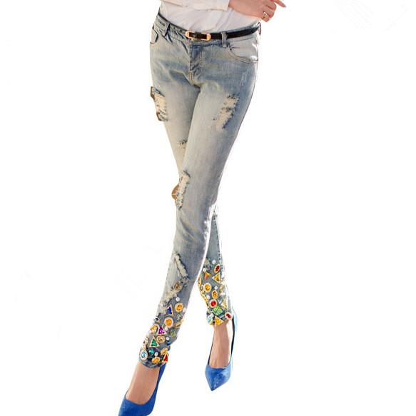 Grosses personnes en jeans skinny