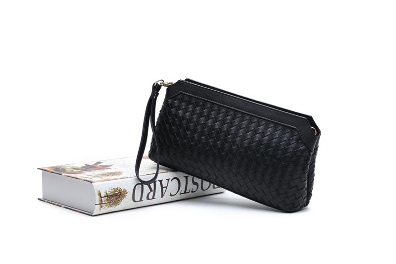 2017 hot Genuine Leather women Mini messenger bags evening clutch bags Casual Flap Shoulder bags Clutch Wallet Purse weave sost