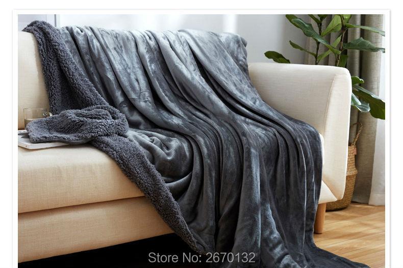 Solid-Berber-Fleece-Blanket-790-02_09