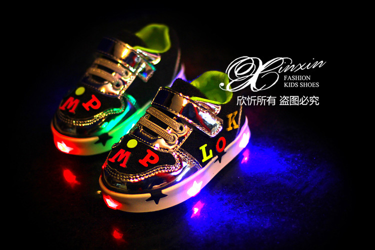 2015Spring Children'sLatest LED light sneakers Golden Patent leather material with Alphabet stickers fashion shoes EU size 21-25(China (Mainland))