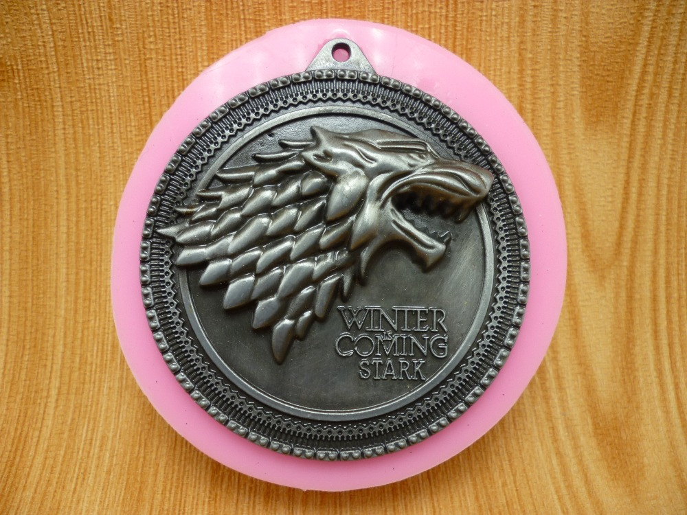 A Song of Ice and Fire Game of Thrones badge silicone fondant cake mold silicone chocolate mold soap candles tool free shipping(China (Mainland))