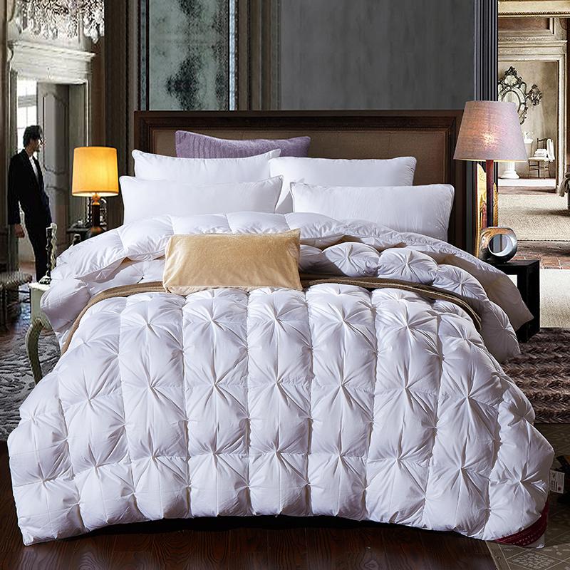 achetez en gros reine couette en plumes en ligne des grossistes reine couette en plumes. Black Bedroom Furniture Sets. Home Design Ideas