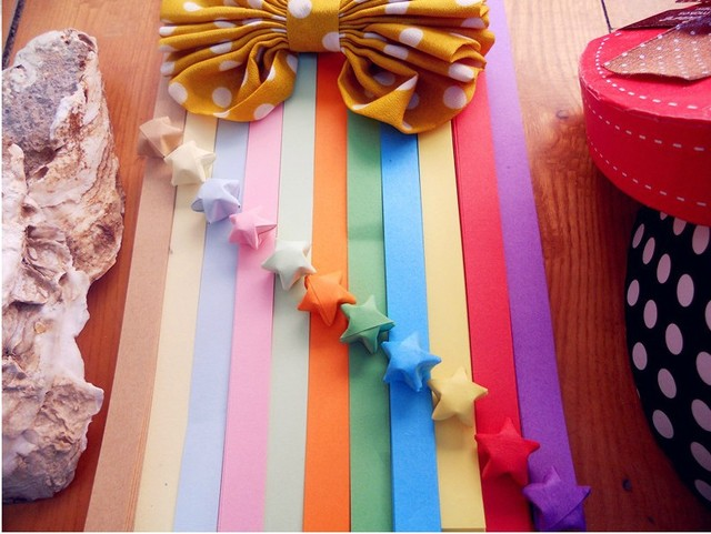 Good quality 1100 pcs 22.5*1CM Origami Paper Star Folded paper Lucky Star 11 colors DIY Valentines present  Free shipping