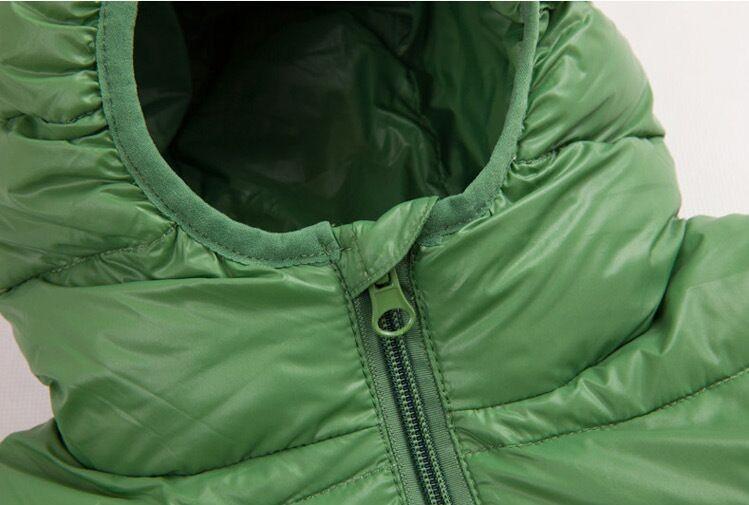 Скидки на Новые приходят мода детские зимние куртки белая утка вниз мальчик и девочка с длинными рукавами с капюшоном короткие девушки зимнее пальто горячая печать