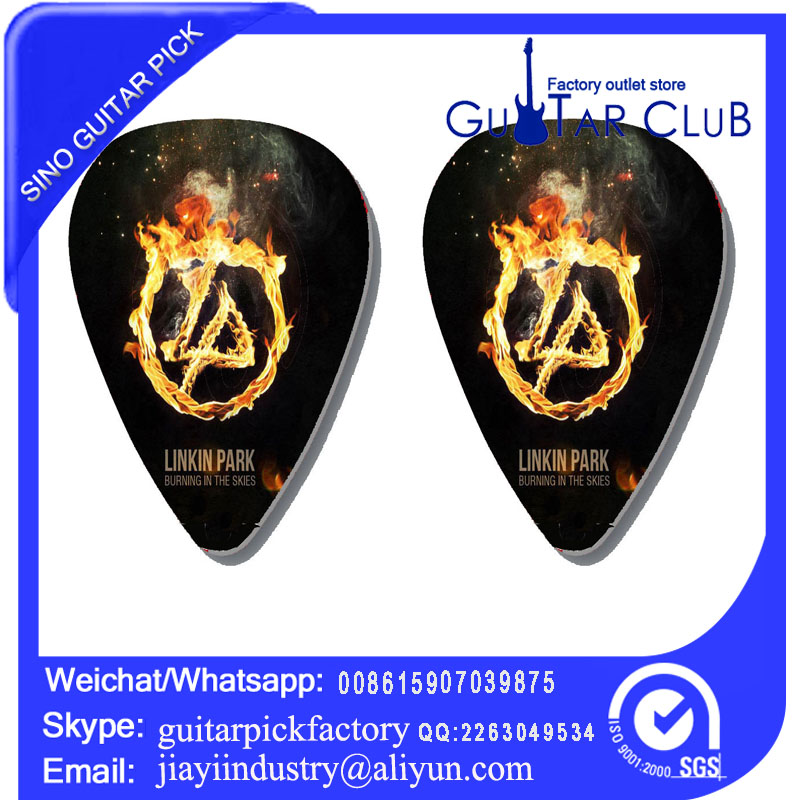 Free shipping fire link park 2 side pirnted on guitar pick ukulele pick bass pick 120 pcs 25.6USD only(China (Mainland))