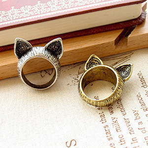 R160 Latest Fashion Orecchiette Super Cute Retro Ring Influx Of People In Europe And America Jewelry Factory Direct(China (Mainland))