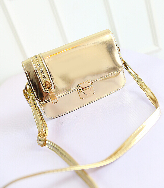 Free shipping / 2015 summer new / Cool messenger bag / patent leather / shiny / latch packet / girl bag / 3 color options(China (Mainland))