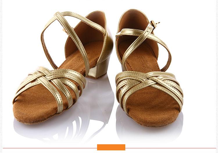 20161031_105043_050Girls Dance shoes Ballroom latin shoes for Children Satin Sports Shoes Deep skin heel 3.5cm Gift bag BD603