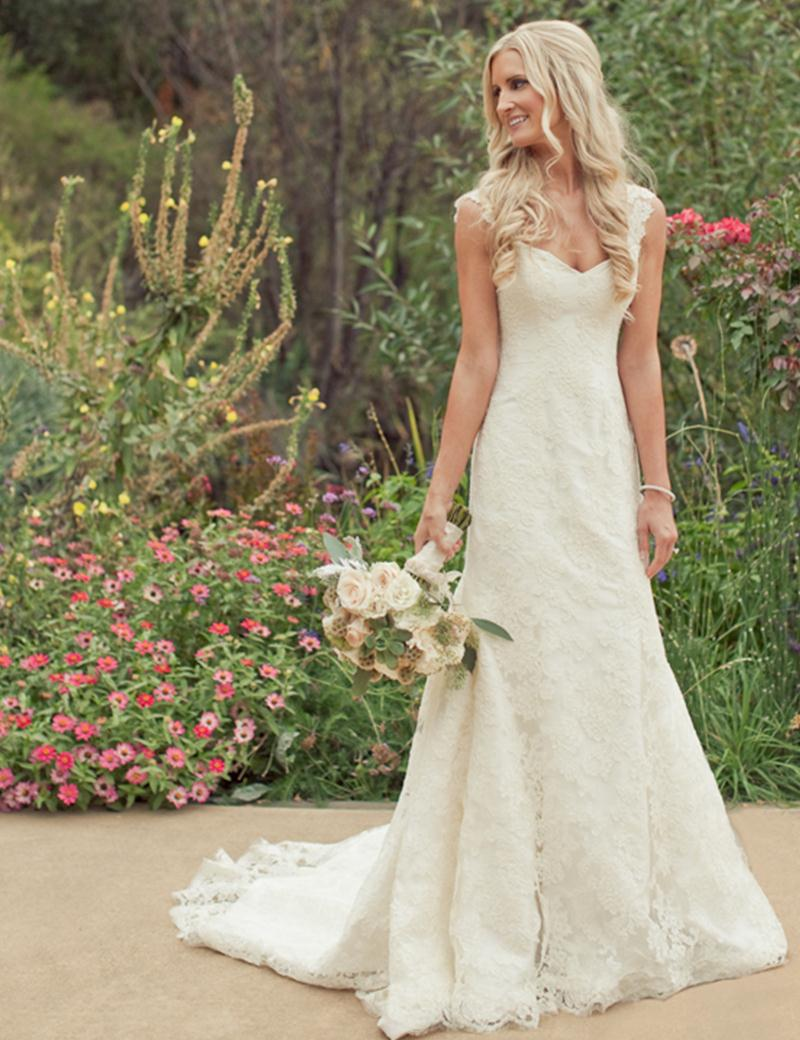 Country western vintage lace beach wedding dresses 2015 for Country western wedding dresses