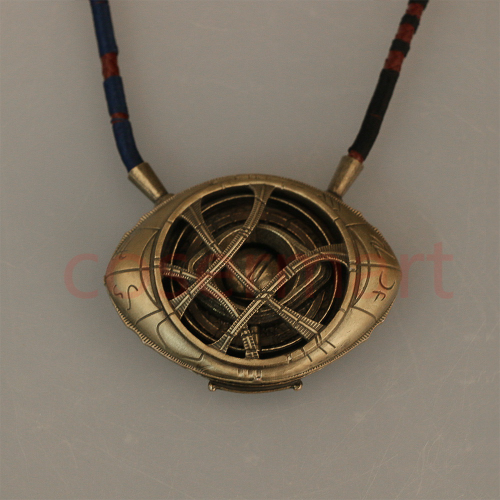 Doctor Strange Necklace Eye of Agamotto Necklace Eyes Can Open Cosplay Props New (3)