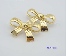 Free shipping bags trademark (10 pieces/lot) dress box hardware accessories Fashion classic bowknot trademark decorative buckle(China (Mainland))
