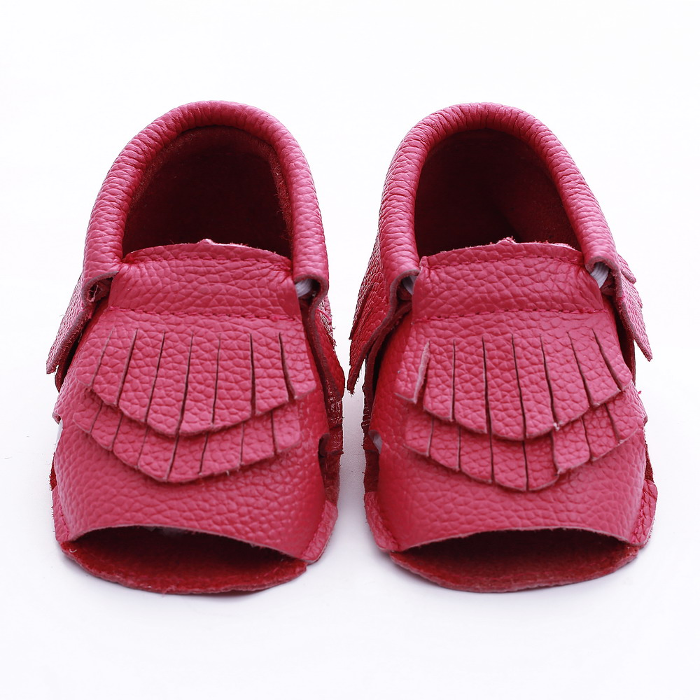 Shop zulily and discover moccasins for women, kids and men at up to 70% off retail. Browse moccasins in styles from leather drivers to quilted slippers.