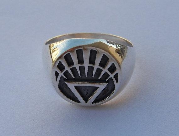 Wholesale Slavic Ring Green Lantern Ring Viking Ring Men Accessories Jewelry White Lantern Corps Ring Vintage Plated Silver(China (Mainland))
