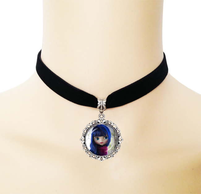1pc Vintage Blyth doll photo pendant necklace blue long hair cartoon girl jewelry black ribbon collar chunky necklaces gothic(China (Mainland))