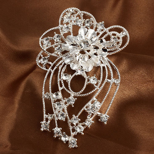 Retro brooches wedding dress new 2014 Fashion Silver Alloy Flower Shape Beautiful Crystal Women rhinestone - Jewelry Home's store
