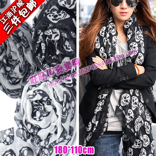 Free shipping Famous brand European popular mcq spring fall winter female big skull scarf cape woman  cross bones scarves