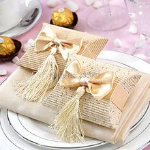Free shipping 100pcs/lot candy box tassels christmas box wedding gift box(China (Mainland))