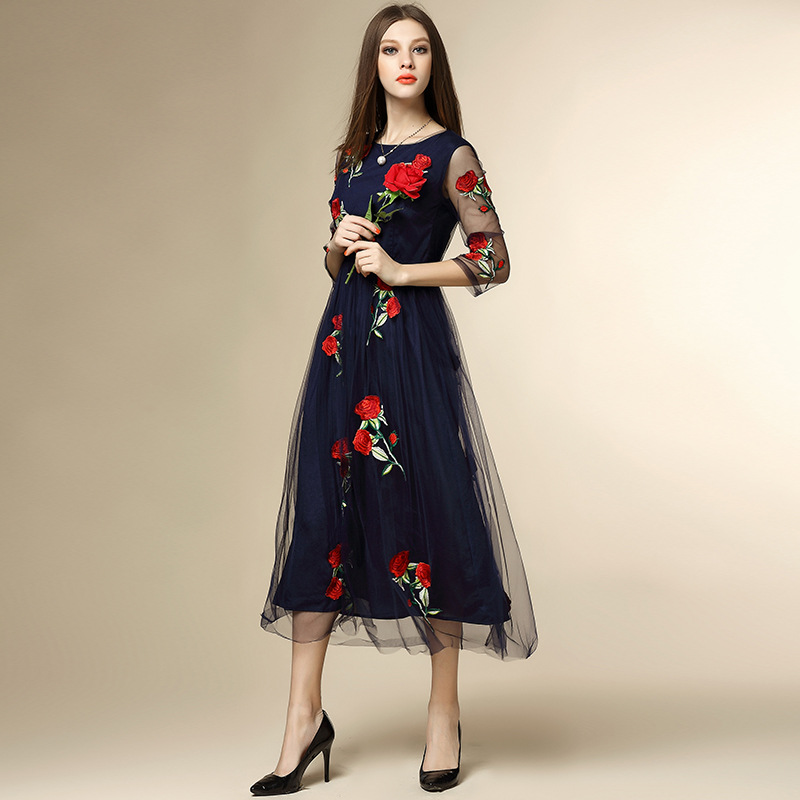 The new spring and summer 2016 Europe rose embroidery embroidery dress waist seven point sleeve fashion dress femaleОдежда и ак�е��уары<br><br><br>Aliexpress