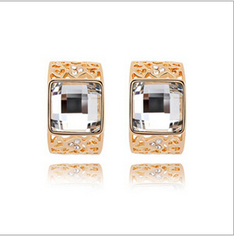 2016 new gold earrings with crystal white and champagne and blue and grey hollow design geometric explosion Earrings(China (Mainland))