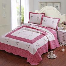 Embroidery bedspread Bedding Sets Beige pink Cotton quilt set/bed linen/bed set 3pcs(quilt +2 Pillowcase) king size 225*250CM(China (Mainland))