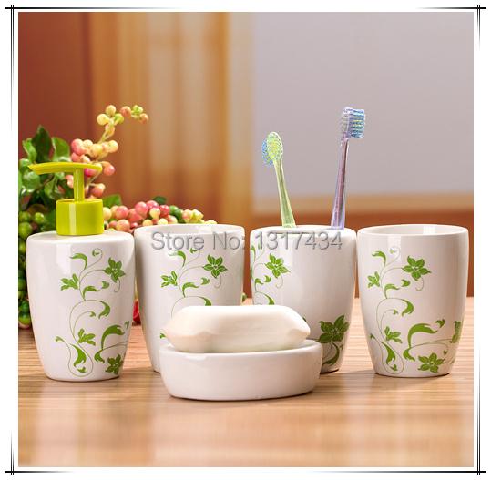 Produto conjunto de banheiro de cinco peças acessórios do banheiro caneca de dente de sabão sabão titular escova de dentes