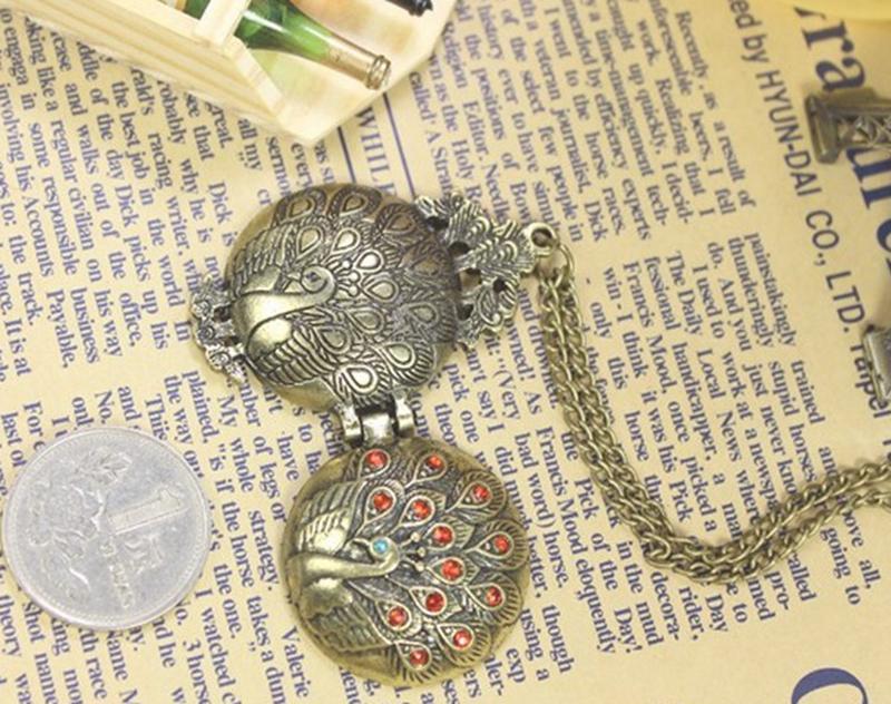 2015 Fashion Women Peacock Locket Crystal Necklace Pendant Round Rhinestone Vintage - Store NO.1 store