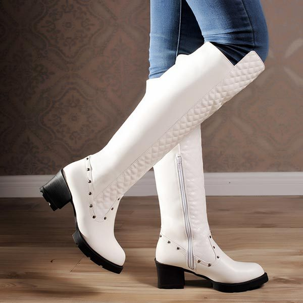Фотография Woman Boots 2014 Fashion Europe and America Street Style Rivet Knee High snow Winter Shoes Thick Med Heel women Motorcycle boots