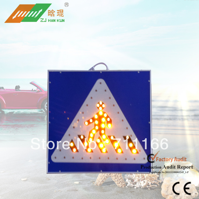 2013 LED Solar Traffic Square Sidewalk Sign With High Intensity Reflective Film