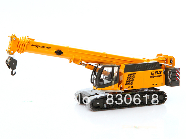 Ros Agritec Sennebogen 683HD 1:50 Scale Telescopic Crawler Crane toy