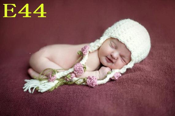Free shipping Crochet Baby girls hat Hand made Cute Baby Beige/pink Flower tassels cap  120pcs<br><br>Aliexpress