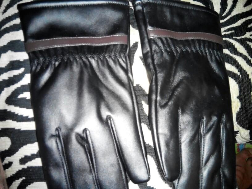 очень доволен перчатки супер за такие деньги рука у меня средняя подошли идеально